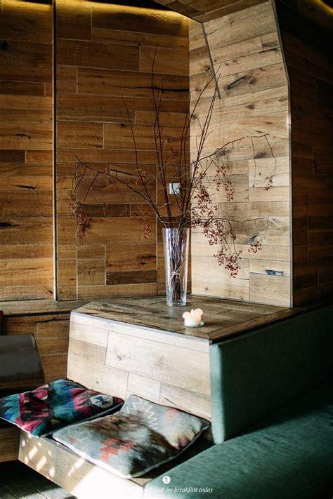 Formidable Habillage Mur Interieur Bois #1: Mur-en-bois_milja-sch%C3%A4fa-friedrichshain_1-745x1118.jpg