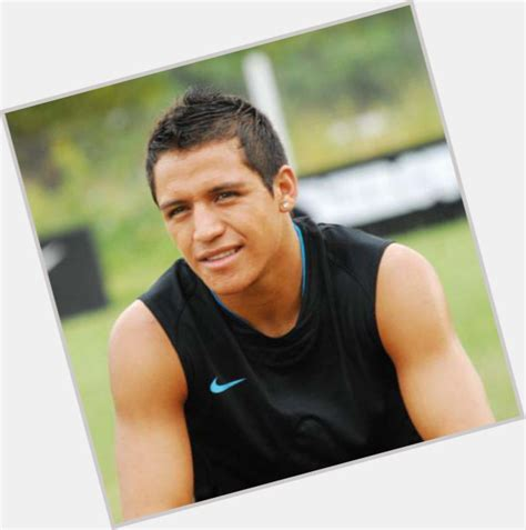alexis sanchez relationship alexis sanchez official site for man crush monday mcm