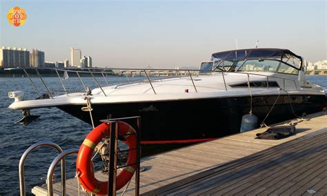 yacht boat ride han river boat ride and yacht water leisure activities