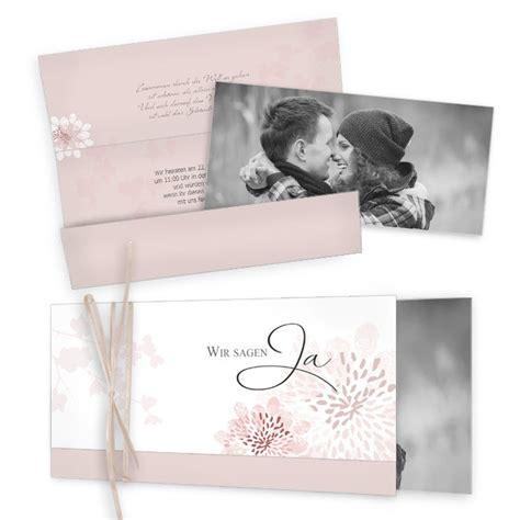 einladungskarten hochzeit altrosa romantische wickelfalzeinladung zur hochzeit in altrosa