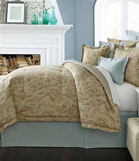 noble excellence down comforter villa by noble excellence orleans comforter mini set