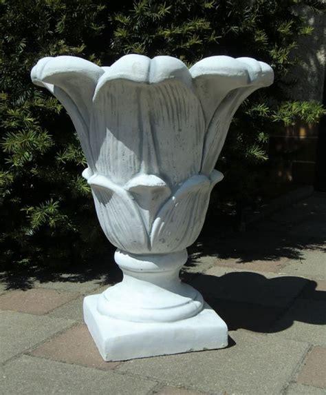 blumenkübel beton beton design onlineshop f 195 188 r gartenfiguren
