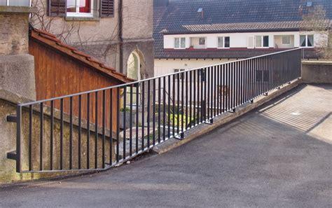 treppe handlauf aussenbereich gelaender absturzsicherung handlauf garten treppe garage