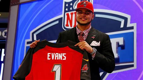 mike evans tattoo buccaneers wr mike gets with nfl draft selection