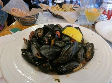 cappy s chowder house mussels an appetizer foto di cappy s chowder house camden tripadvisor