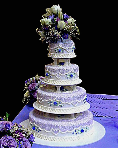 Quinceanera Cakes by Beautiful Quinceanera Cake