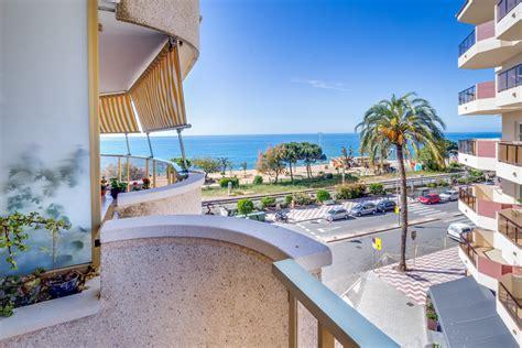 apartamentos pineda apartamentos en pineda de mar vivalidays marina