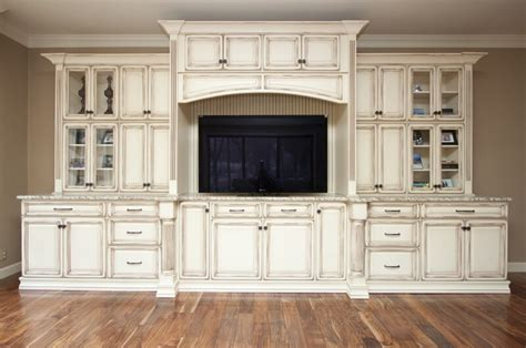 Custom White Kitchen Cabinets Our Work Deering S Custom Cabinets Portfolio Deering Custom Cabinets