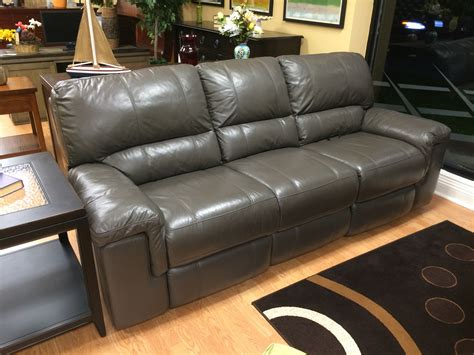 leather sofa with wood floors thomasville flooring home design ideas and pictures