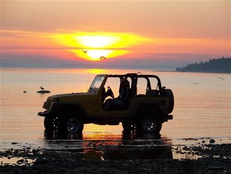 jeep wrangler beach sunset 1000 images about it s a jeep thing on pinterest