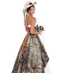 Train backless camouflage forest pattern bridal dresses c60 in wedding
