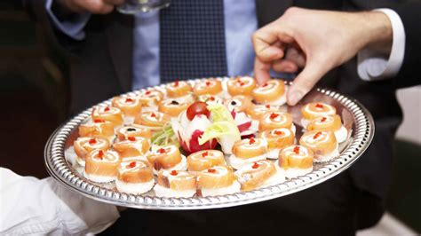 Wedding Appetizers Menu Ideas by 23 Cheap Wedding Reception Food Drink Menu Ideas On A Budget