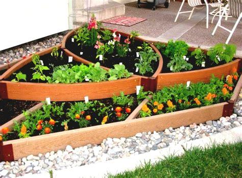 kitchen gardening ideas huerto en el balc 243 n treinta y cuatro ideas sencillas
