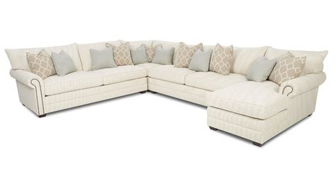 Nailhead Sectional Sofa Huntington House 7107 Ryan Nailhead Sectional Sofa