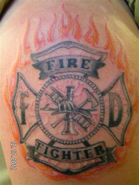 fighter tattoo designs 25 best ideas about fighter tattoos on left