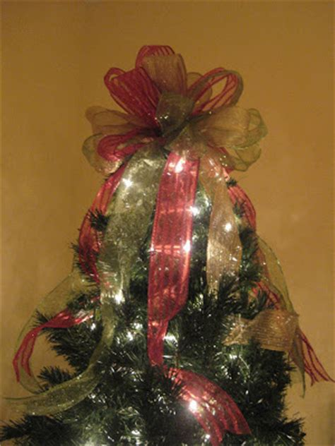 tree bow tutorial kristen s creations how to make a tree topper bow tutorial