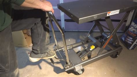 scissor lift table harbor freight harbor freight 1000lb lift table unboxing assembly and