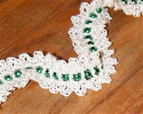 crocheted christmas tree garland ideas ravelry easy bead garland pattern by guzman