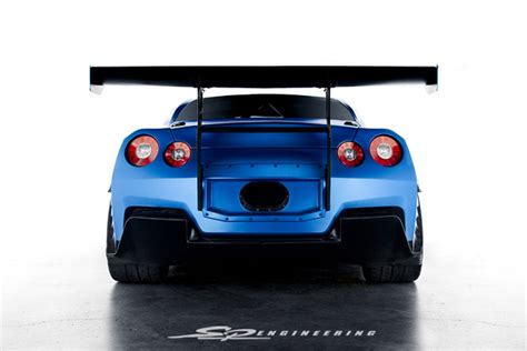 nissan skyline fast and furious 6 early look at nissan gt r from fast and the furious 6 video