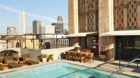 roof top bar la upstairs bar at the ace hotel rooftop bar in la los angeles therooftopguide com