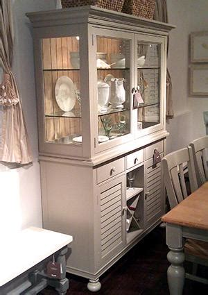 China Cabinet Decorating Ideas by China Cabinet Decorating Ideas