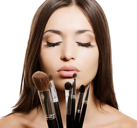 Becoming A Mac Makeup Artist by How To Become A Professional Makeup Artist Better Health