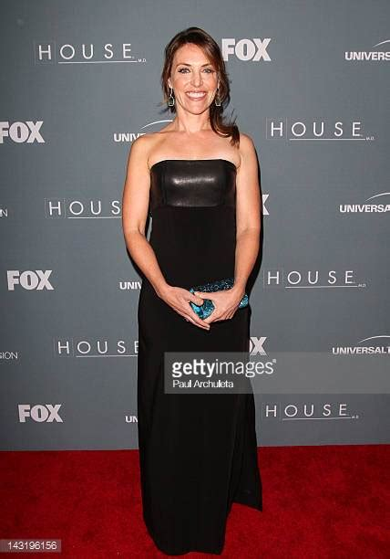house series finale jennifer crystal foley stock photos and pictures getty images