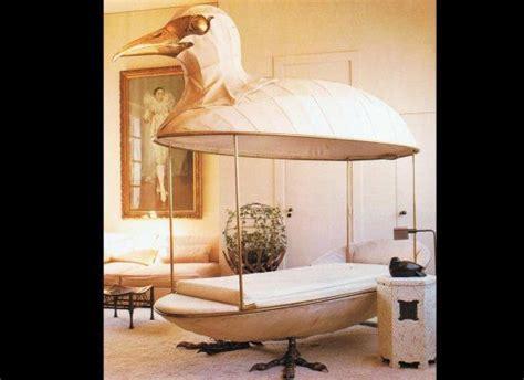 bird beds strange beds los cuatro ojos
