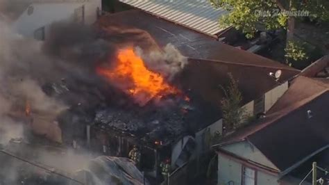 dog house restaurant pasadena houses catch fire in pasadena