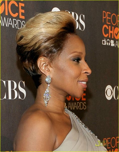 photos of black hairstyles mary j bliges sophisticated bob photos of black hairstyles mary j bliges sophisticated bob