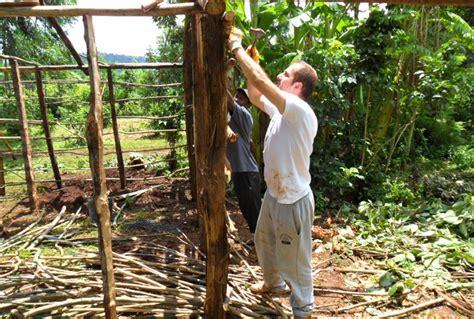 building a home blog health benefits of volunteering abroad volunteer africa