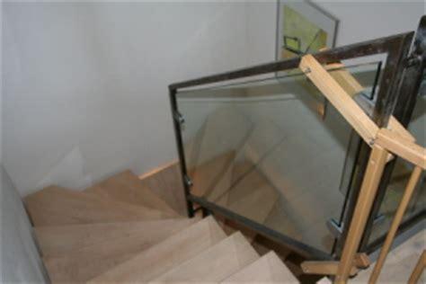 treppengeländer glas bauunternehmen baufirmen bauunternehmen handwerker