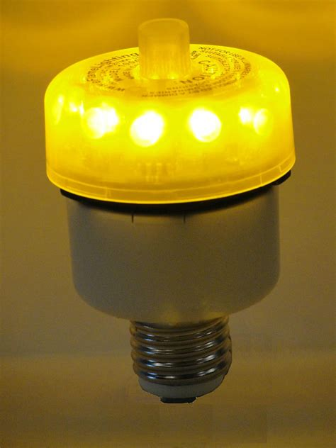 Led Light Bulbs Flickering 110v Eflamelighting Inc Led Light Outdoor Flicker Path Post Candle Ebay