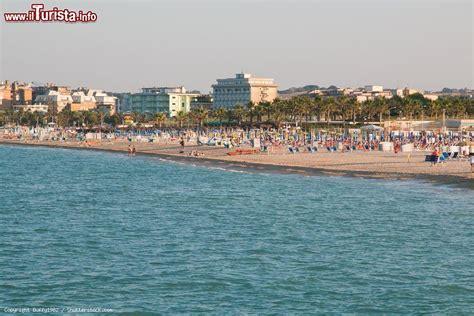 delle marche civitanova le spiagge pi 249 delle marche