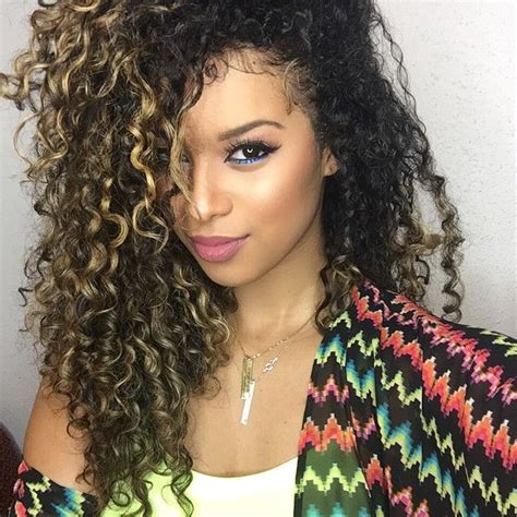 best highlights for curly hair blonde highlights beautiful curly hair hairstyle