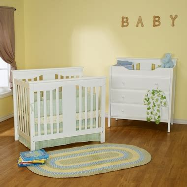 Davinci Annabelle Mini Crib White Davinci 2 Nursery Set Annabelle Mini Convertible