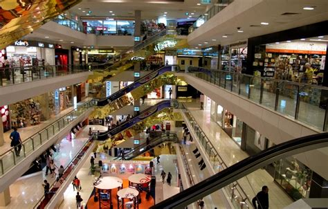 Friday Late Shopping In Singapore by Orchard Road Association Says Black Friday Sales Quot Go