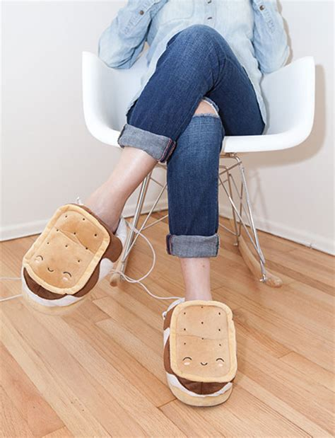 s mores usb heated plush slippers usb heated plush smores slippers craziest gadgets