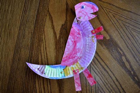 paper plate dinosaur craft paper plate t rex she s crafty