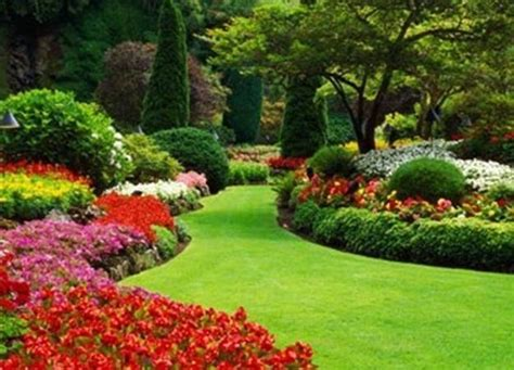 Beautiful Garden Designs Peenmedia Com Beautiful Gardens Ideas