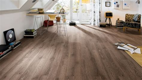 best golden oak laminate flooring home depot laminated floor pergo outlast marigold oak 10 mm