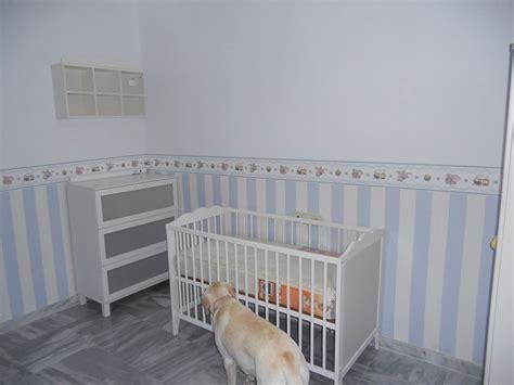 papel pintado para habitacion de bebe habitacion bebe papel pintado rayas 4 ser padres es