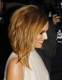 inverted shoulder length bob haircut 1000 ideas about wavy inverted bob on pinterest wavy