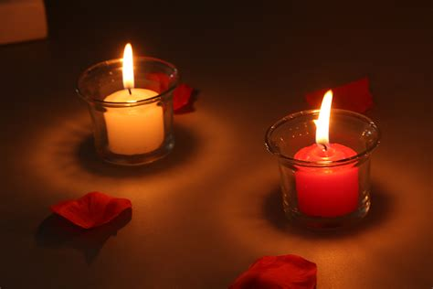candles for candle light dinner candlelight dinner imgkid com the image