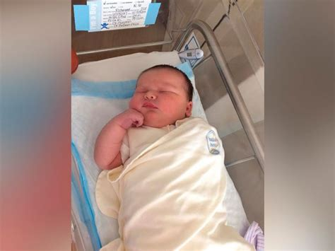 biggest baby in the world unbred all the way south carolina parents shocked by their 14 pound newborn