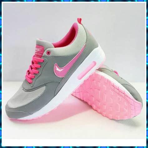 Sepatu Nike Wanita Ori sepatu nike original untuk wanita
