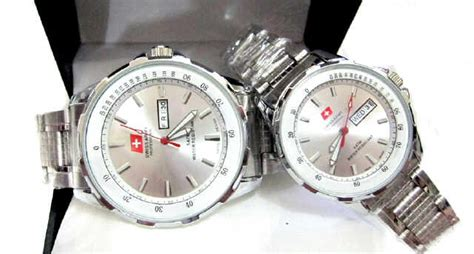 Kalung Titanium New Design jam swiss army original jual jam tangan