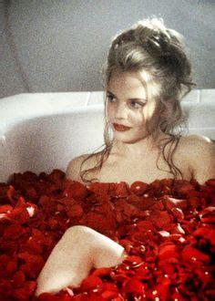 american beauty bathtub 1000 ideas about mena suvari on pinterest odette