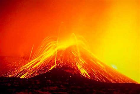 lade lava noticias con ciencia el etna de nuevo en erupci 243 n