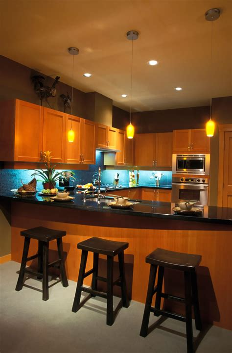 blue cabinet lighting 5 striking kitchen lighting combinations